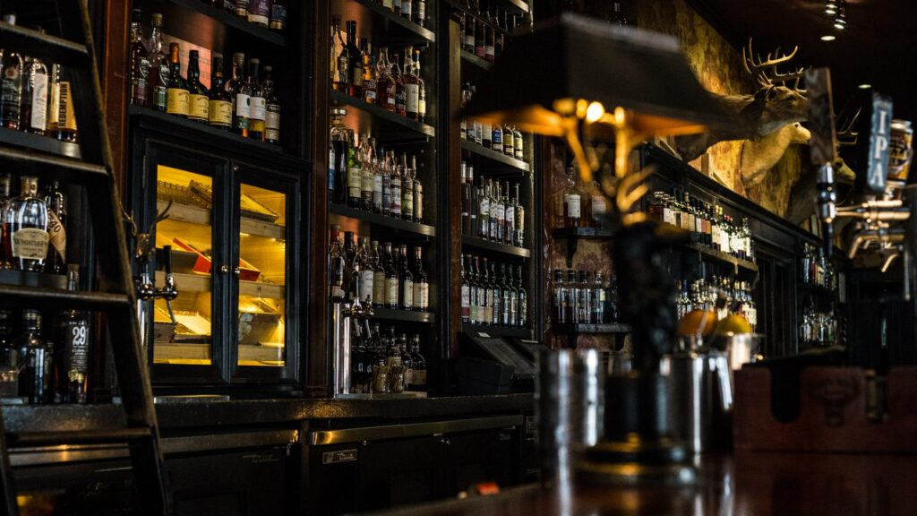 Women-friendly bars in LA