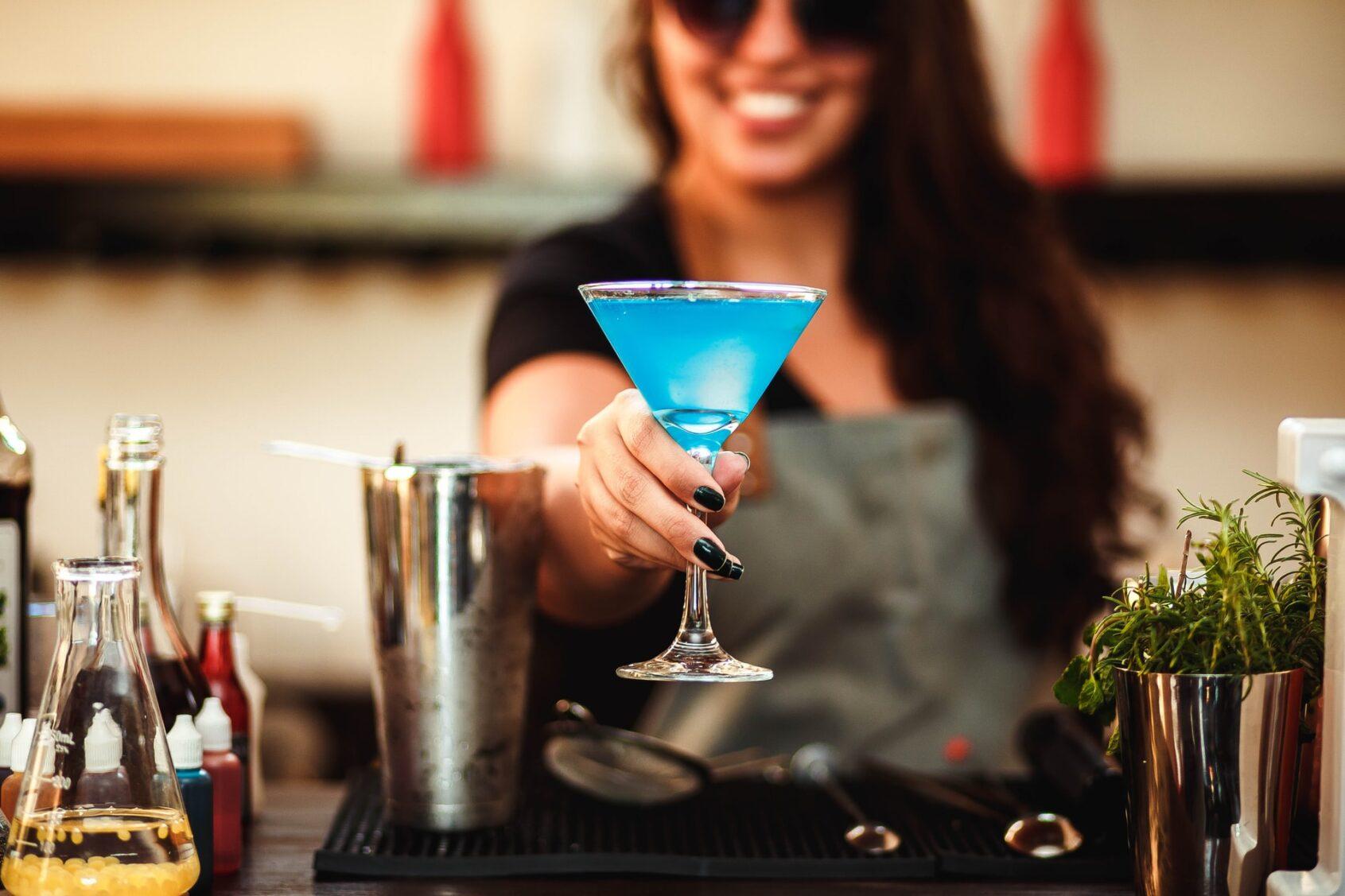 girls night ideas, cocktails