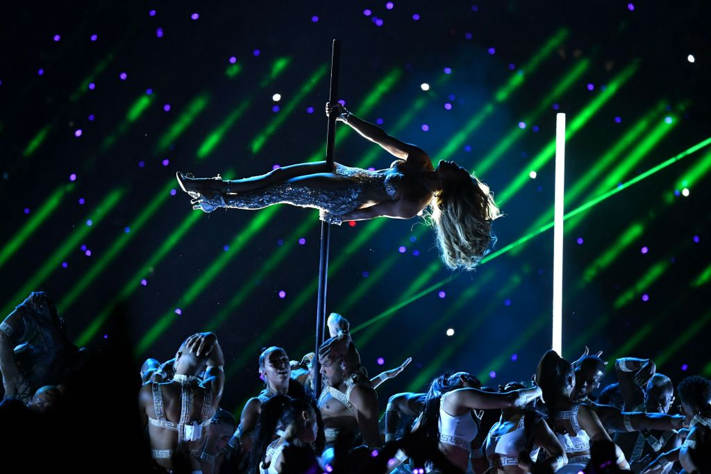 Super bowl halftime show, Jennifer Lopez, pole dance